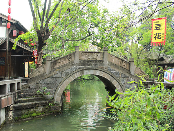 https://it.topchinatravel.com/pic/citta/chengdu/attractions/jinli-old-street-07.jpg
