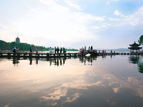https://it.topchinatravel.com/pic/citta/hangzhou/attractions/West-Lake-26.jpg