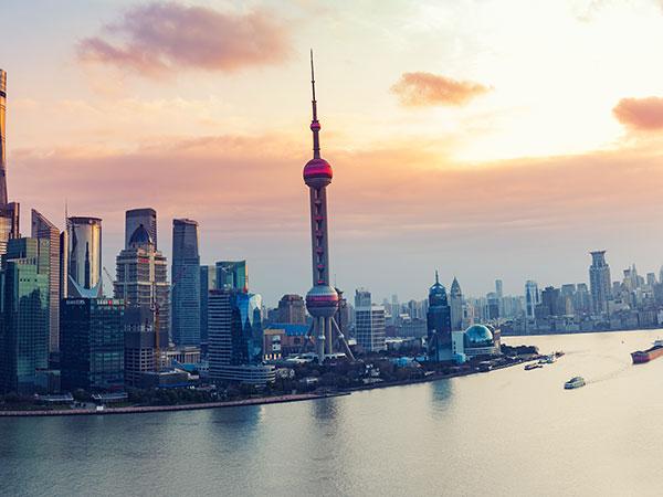 https://it.topchinatravel.com/pic/citta/shanghai/attractions/Oriental-Pearl-TV-Tower-3.jpg