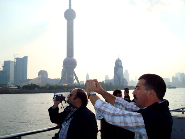 https://it.topchinatravel.com/pic/citta/shanghai/attractions/the-bund-12.jpg